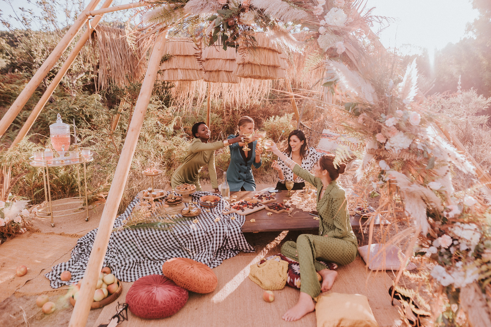 Loving Life Editorial |Sophie and Lucie